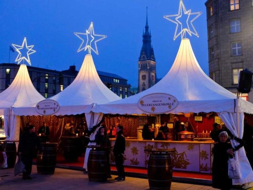 Jungfernstieg Weihnachtsmarkt.13 Weisserzauber Jungfernstieg Hamburg Weihnachtsmarkte In