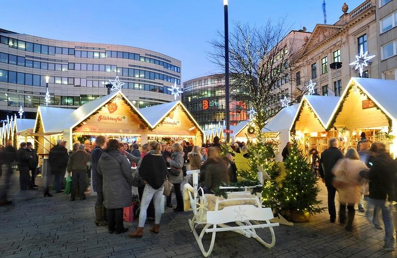 Weihnachtsmarkt Am Schadowplatz Dusseldorf