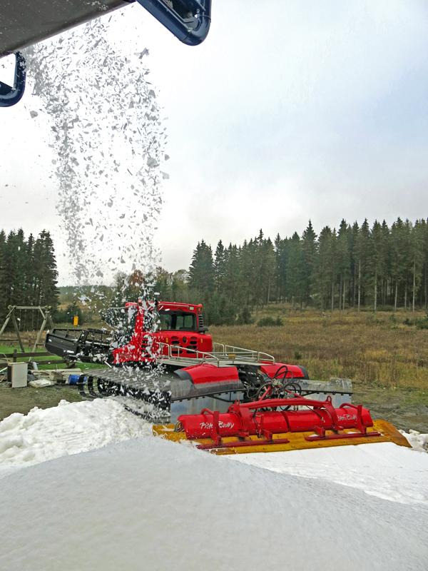Trainer und Sportler begeistert vom Weltcuphang und dem ersten Schnee